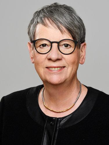 Portrait-Foto von Umweltministerin Barbara Hendricks