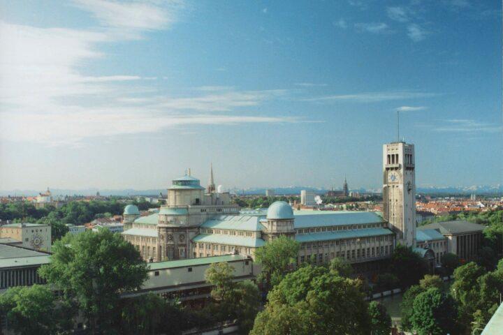 Panorama-Aufnahme des Deutschen Museums in München