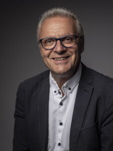 Portrait Foto Wolfgang Nebel