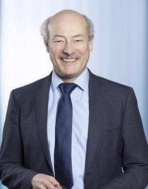 Portätfoto von Prof. Dr. Joachim Ullrich für Artikel-Serie HORIZONTE nachgefragt!